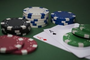 How To Play Caribbean Poker At Casinos